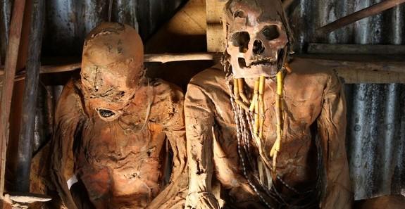 mummies-oiwa--Papua New Guinea